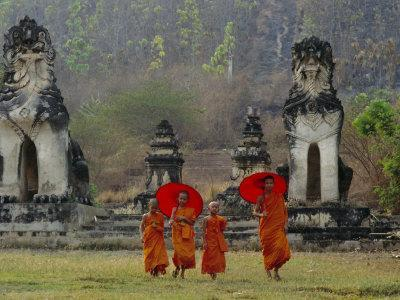 Novice Buddhist Monks, Doi Kong Mu Temple, Mae Hong Son, Northern Thailand, Asia