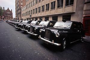 THE LE GARSMEUR LONDON PHOTOGRAPHS by Alain Le Garsmeur