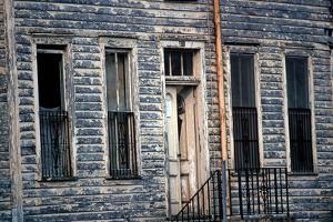 Wooden Clapboard House , Downtown Savannah, Georgia, Usa, July 1983 by Alain Le Garsmeur