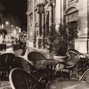 Café, Avignon by Alan Blaustein