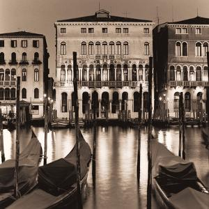 Il Gran Canale di Notte by Alan Blaustein