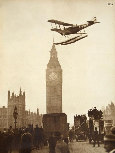 Alan Cobham Coming in to Land on the Thames at Westminster, London, 1926-English Photographer-Giclee Print
