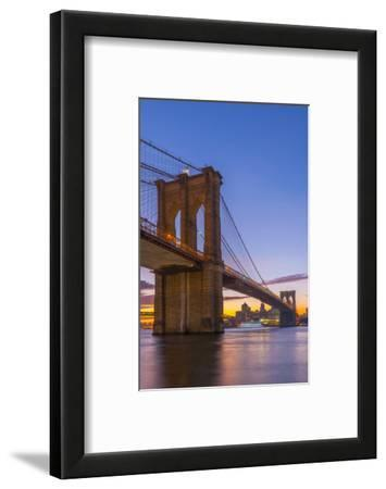 Brooklyn Bridge over East River, New York, United States of America, North America