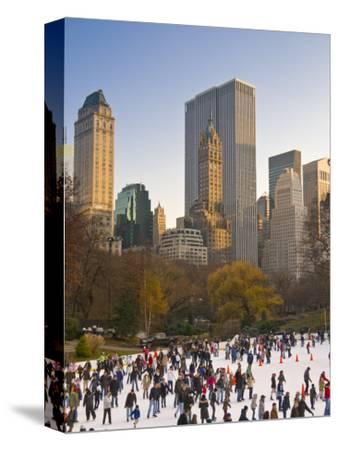 Central Park, Wollman Icerink, Manhattan, New York City, USA