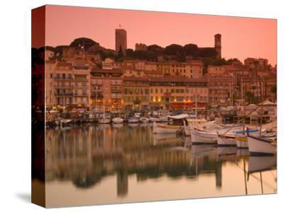 France, Provence-Alpes-Cote D'Azur, Cannes, Old Town Le Suquet, Vieux Port (Old Harbour)