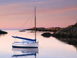 Newport, Rhode Island, USA by Alan Copson