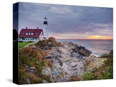 Portland Head Lighthouse at Sunrise, Portland, Maine, New England, USA, North America