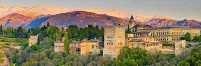 Spain, Andalucia, Granada Province, Granada, Alhambra Palace and Sierra Nevada Mountains