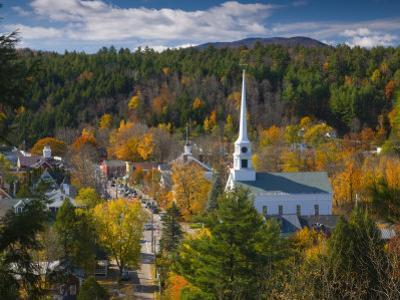 Stowe, Vermont, USA by Alan Copson