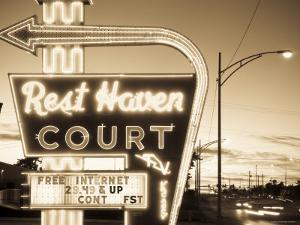 USA, Missouri, Route 66, Springfield, Rest Haven Court Motel by Alan Copson