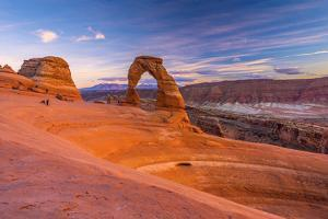 Usa, Utah, Moab, Arches National Park, Delicate Arch by Alan Copson