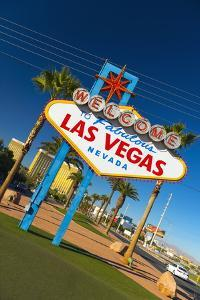Welcome to Fabulous Las Vegas Sign, Las Vegas, Nevada, United States of America, North America by Alan Copson