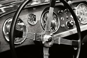 Classic Dash III by Alan Hausenflock