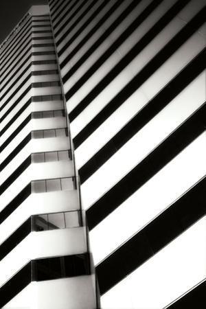 Geometric V by Alan Hausenflock