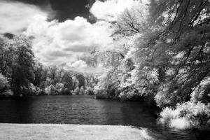 Stratford Pond II by Alan Hausenflock
