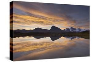 British Columbia. Sunrise over the Rainbow Range, seen from Mumm Basin by Alan Majchrowicz
