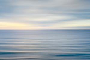 On the Horizon II No Border by Alan Majchrowicz