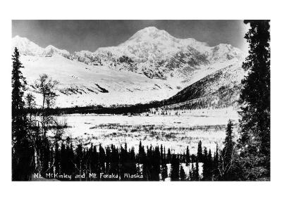 Alaska - Mt McKinley and Mt Foraka-Lantern Press-Art Print