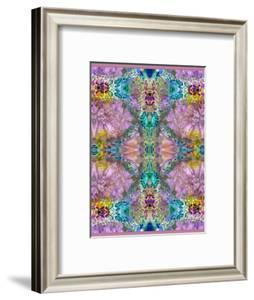 Symmetric Ornament from Flowers by Alaya Gadeh
