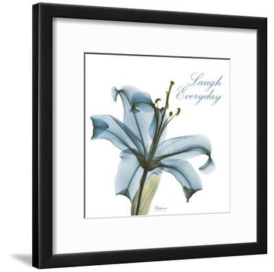 Laugh Everday Lily A36