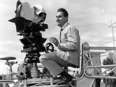 Alberto Sordi on the Set--Photographic Print