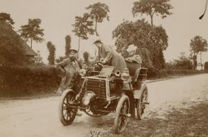 Album photographique : René de Knyff et sa Panhard-et-Levassor en 1899