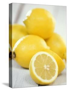 Lemons by Alena Hrbkova