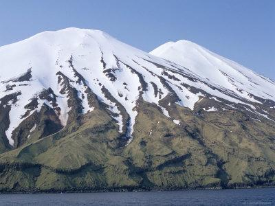 https://imgc.artprintimages.com/img/print/aleutian-islands-alaska-usa_u-l-p1glqi0.jpg?p=0