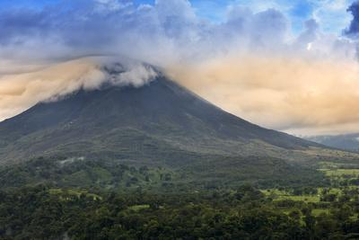 Central America, Costa Rica, La Fortuna, Arenal Volcano and National Park