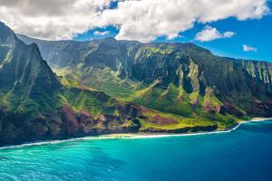 View on Napali Coast on Kauai Island on Hawaii by Alexander Demyanenko