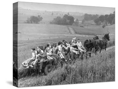 Hayride for Mansfield, Ohio, Senior High School Graduating Class
