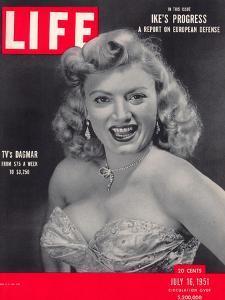 TV Actress Dagmar, Virginia Ruth Egnor, July 16, 1951 by Alfred Eisenstaedt