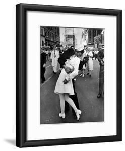 V-J Day in Times Square by Alfred Eisenstaedt
