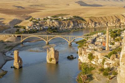 Hasankeyf on Tigris River, Mardin, Turkey