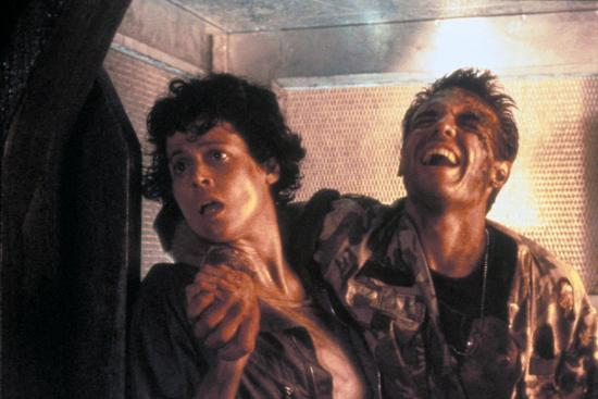 ALIENS, 1986 directed by JAMES CAMERON with Sigourney Weaver and Michael  Biehn (photo) Photo by   Art com