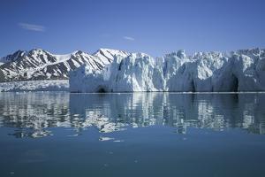 Arctic, Svalbard Archipelago, Spitsbergen, Liefdefjorden by Aliscia Young