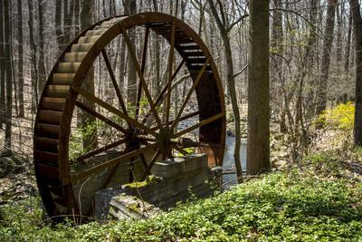 USA, New Jersey, Hunterdon County. Old Waterwheel by Rockaway Creek