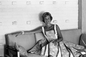 Dodie Currie, 25, Pacific Palisades, Los Angeles, California by Allan Grant