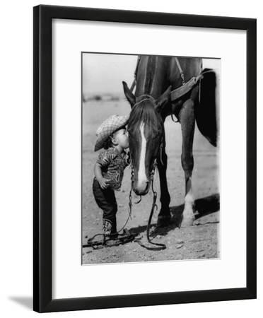 Jean Anne Evans, 14 Month Old Texas Girl Kissing Her Horse