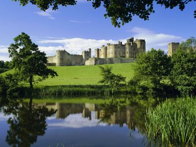 Alnwick Castle, Alnwick, Northumberland, England, UK-Roy Rainford-Photographic Print