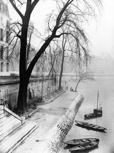 Along the Seine in Paris-Dusan Stanimirovitch-Photographic Print