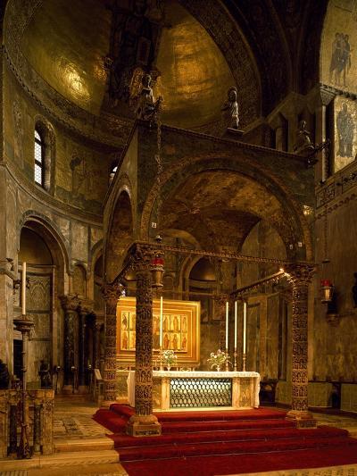 Altar, Saint Mark's Basilica, Venice, Italy--Giclee Print