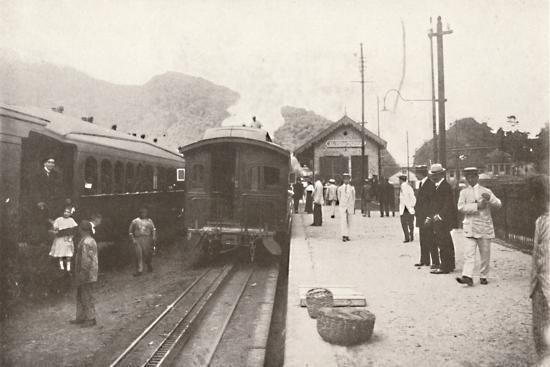 'Alto da Serra: Petropolis - Leopoldina Railway', 1914-Unknown-Photographic Print