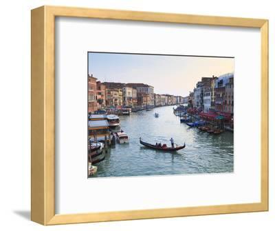 A Gondola Crossing the Grand Canal, Venice, UNESCO World Heritage Site, Veneto, Italy, Europe