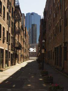 Alleyway, North End, Boston, Massachusetts, USA by Amanda Hall