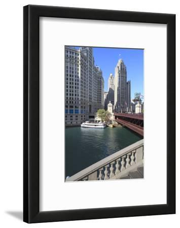 Chicago River and Dusable Bridge with Wrigley Building and Tribune Tower, Chicago, Illinois, USA
