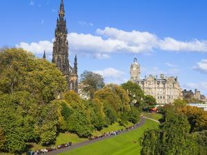 Princes Street Gardens, Edinburgh, Lothian, Scotland, Uk by Amanda Hall
