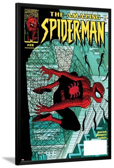 Amazing Spider-Man No.28 Cover: Spider-Man Clutching--Lamina Framed Poster