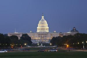US Capitol Panoramic at Night as Seen from the Mall. by Ambient Ideas