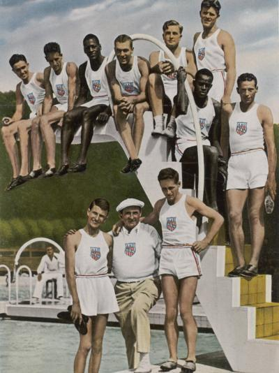 American Contestants Pose and Smile at the Side of the Swimming Pool--Photographic Print